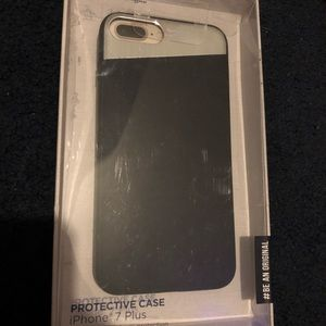 Penguin brand IPhone 7 Plus case